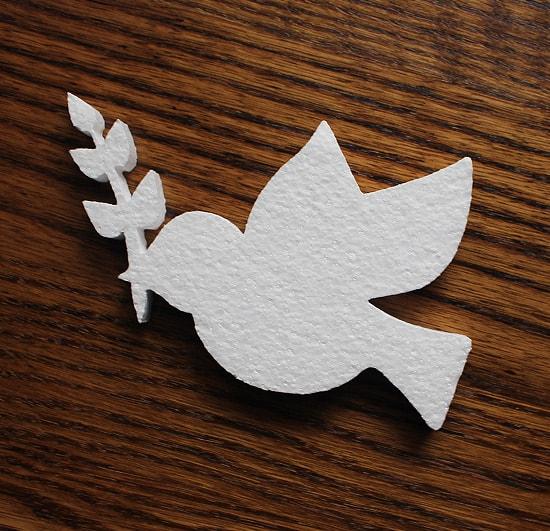 dekoracyjny styropianowy gołąbek z gałązką