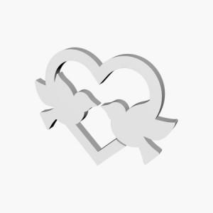 styropianowe gołębie w sercu