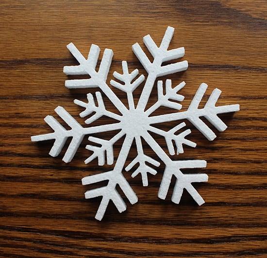 świąteczna śnieżynka ze styropianu do dekoracji