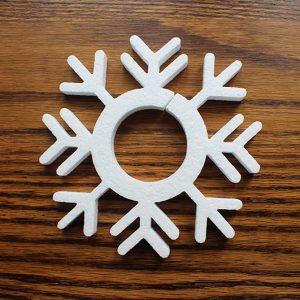 styropianowa ozdoba - śnieżynka do aranżacji świątecznych