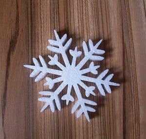 śnieżynki ze styropianu
