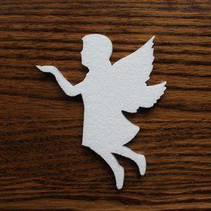 styropianowy anioł do dekoracji komunijnych